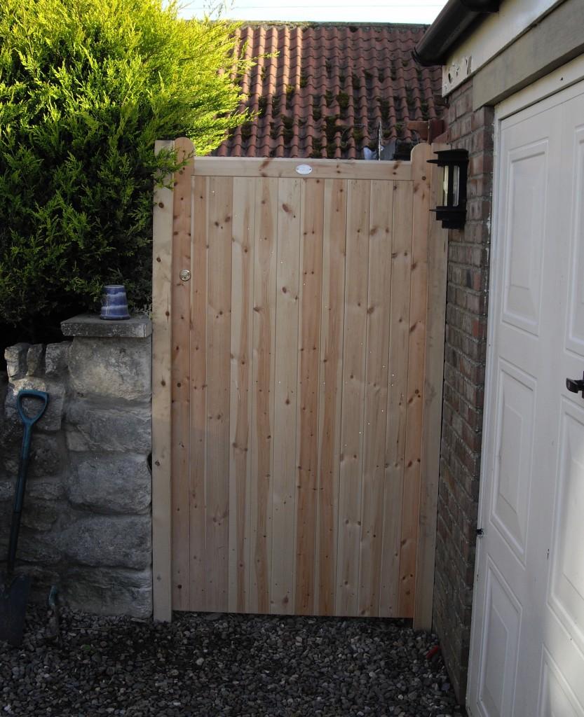 Wooden Gates 14