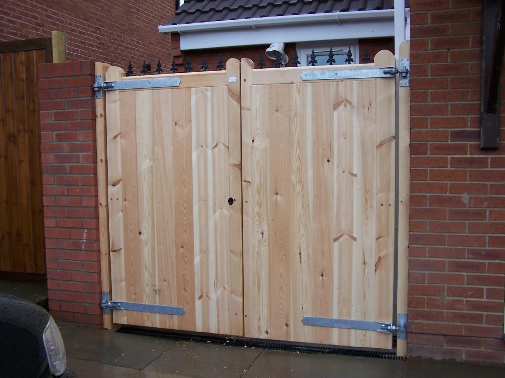 Wooden Gates 3